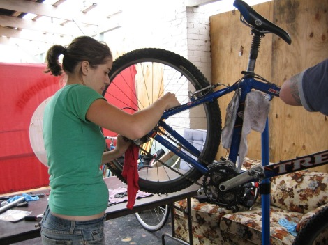 Bicycle-Repair-Mechanic-01